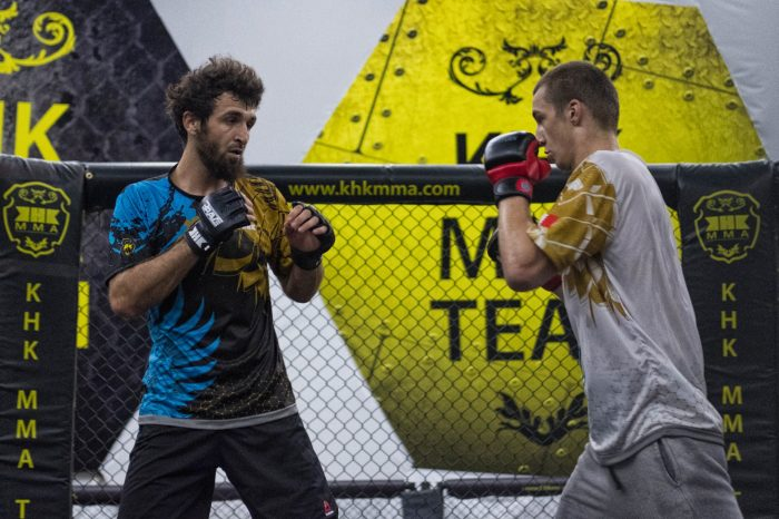 Zabit Magomedsharipov putting in Work at KHK Bahrain for next fight.